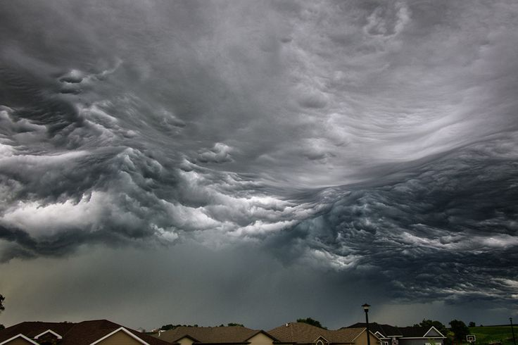 Picture of the Day: Storm Cloud Looks Like Ocean Waves During a recent storm in North Lincoln, Nebraska,