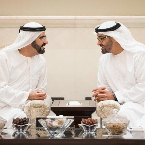 محمد بن زايد مستقبلاً محمد بن# راشد اليوم على مائدة الإفطار في قصر البطين بأبوظبي #Sheikh #Mohammed #bin #Zayed & #Sheikh #Mohammed #bin #Rashed - @aldareigroup- #webstagram