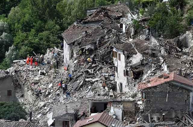 En #Fotos devastador #Terremoto en #Italia #Perugia Magnitud 6.2 numerosas victimas