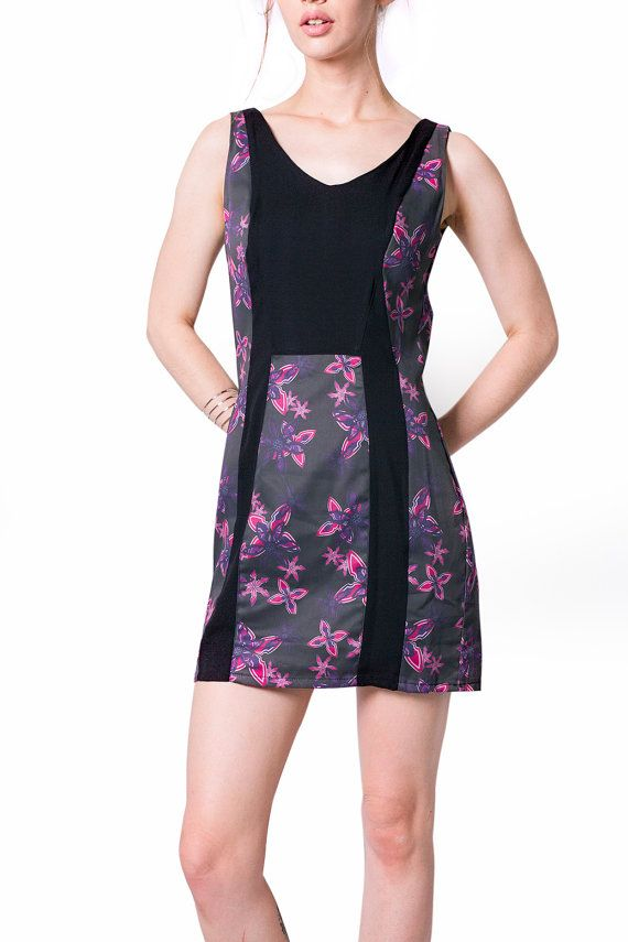#Printed #fittedDress The Enchantress #Dress by #MajesteeClothing #etsy #onlineshopping #fashion
