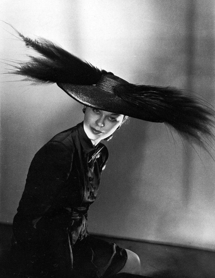 Ludmila Feodoseyeva (a.k.a Lud), 1946 in Paris. Hat by Schiaparelli. Photo by Horst P. Horst (1906-1999).