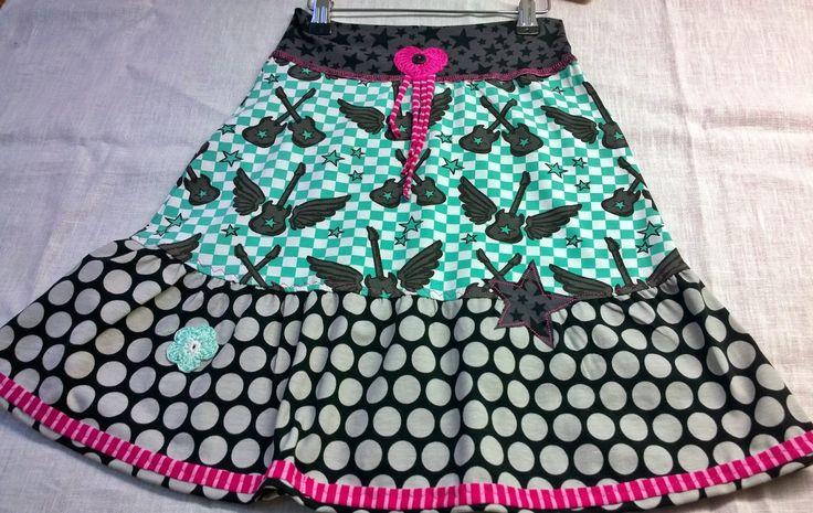 lillesol & pelle Schnittmuster/ pattern: Jersey-Stufenrock