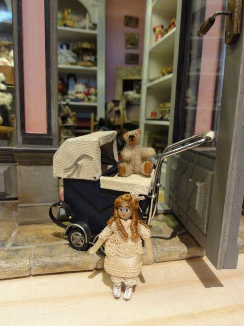 Le monde créatif de Catherine: Landau , poupées et remerciements.