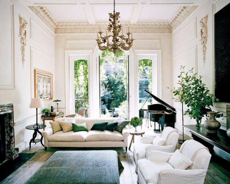 Take a tour of Rose Uniacke's stunning renovation of her nineteenth century home in London! This is a great example of incorporating modern design in a historical home.