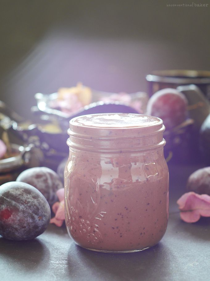 Spiced Chocolate Plum Smoothie {raw, dairy-free, refined sugar-free}
