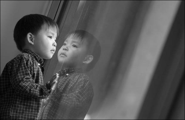 Photo essay on Korean adoption.