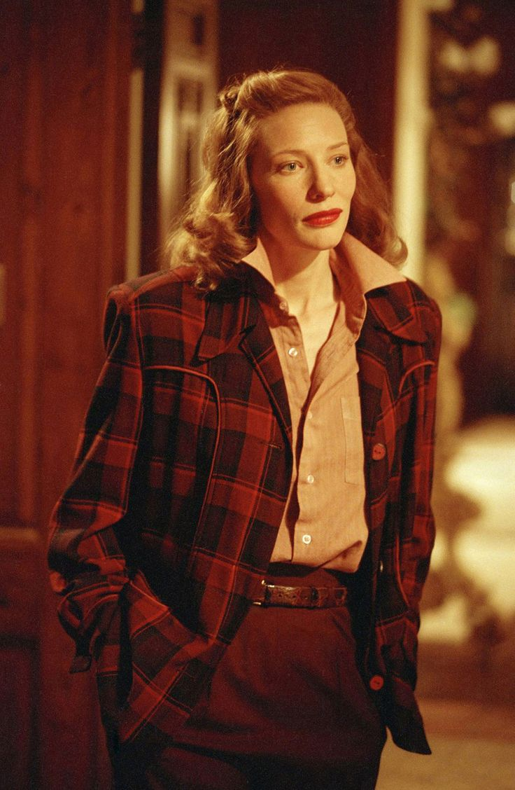 Cate Blanchett as Katharine Hepburn - The Aviator (2004)
