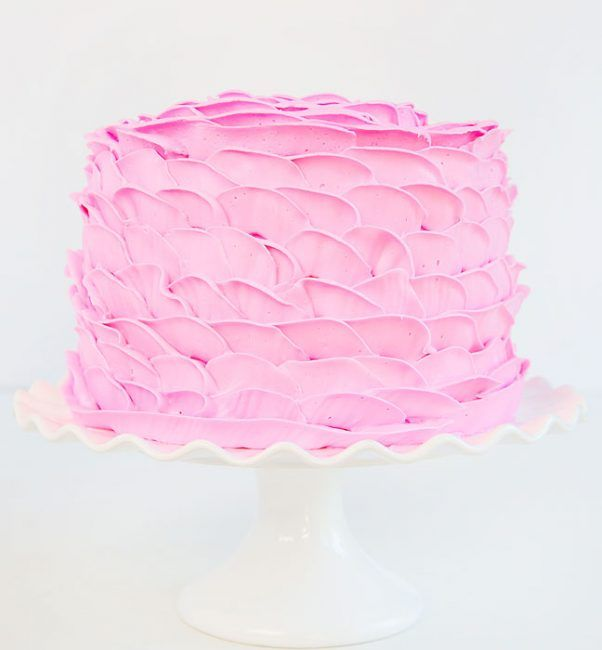 Rose petal cake that is a simple idea for Mother's Day Cakes