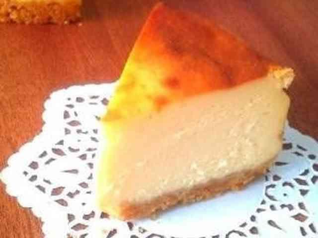 簡単!しっとり濃厚ベイクドチーズケーキの画像