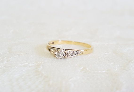 Art Deco Diamond Heart Solitaire 1920s 9ct White and Yellow Gold Engagement Ring, Vintage Wedding, Diamond Engagement, Solitaire Engagement