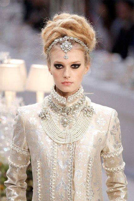 Chanel's India-Inspired Fall Fashion Show