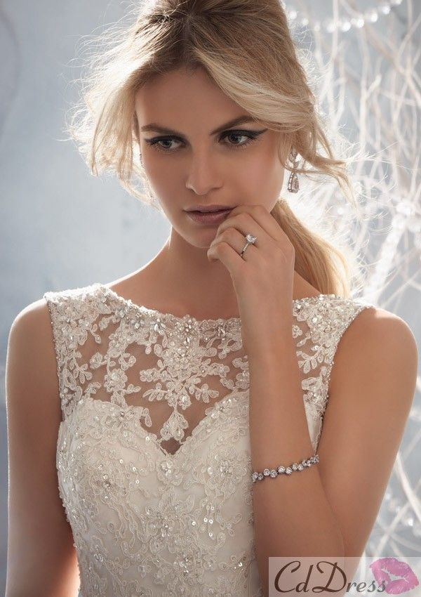 I usually dont like sleeves... then i saw this #Wedding Dress
