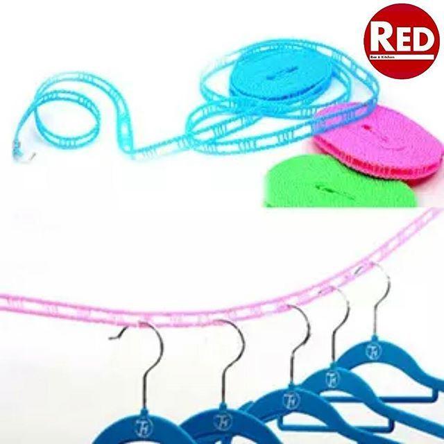 Tali Jemuran Panjang : 5 meter Berat : 100 gram Size : 500 x 1.5 cm Colour : Random Material : Tali Tambang + Stainless Steel  Tali jemuran sepanjang 5 meter yang sudah siap pakai. Di sepanjang tali, terdapat lubang untuk gantungan baju. Sementara di kedua ujungnya terdapat kait stainless steel untuk meluruskan tali jemuran.  Selain dipakai untuk jemuran baju, tali ini bisa juga dipergunakan di dalam ruangan sebagai tali gantungan baju atau dibawa untuk berpergian dan saat berkemah di luar…