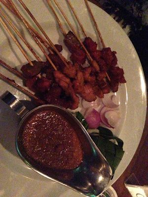 Chicken Satay - The Alley Bar - Emerald Hill on Friday Night |Living in Sin