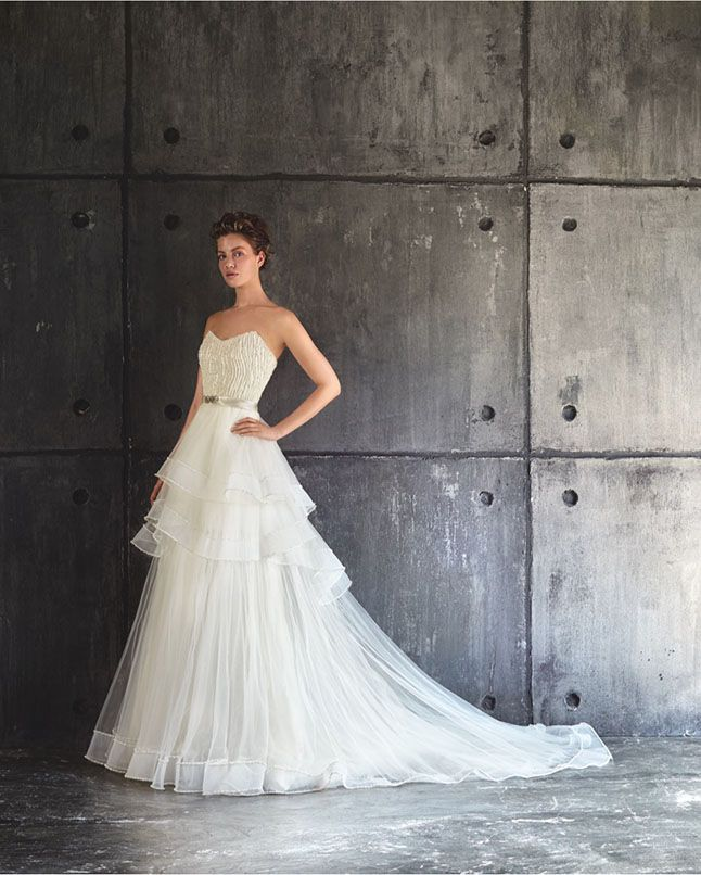 Lusan Mandongus Bridal 2016 runway collection