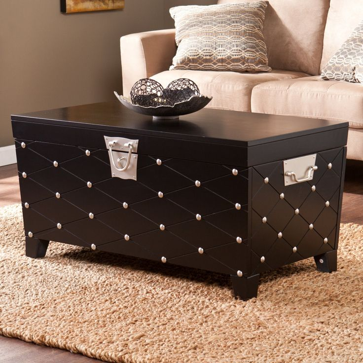 Gulliver S Trunk Coffee Table: 25+ Best Ideas About Trunk Coffee Tables On Pinterest
