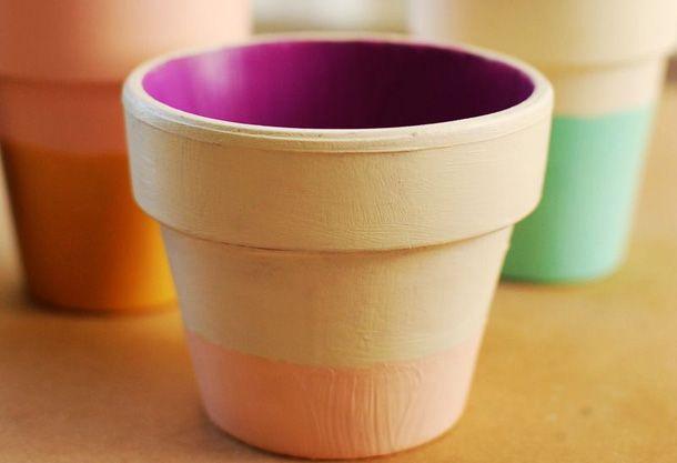 Разноцветные глиняные горшки своими руками