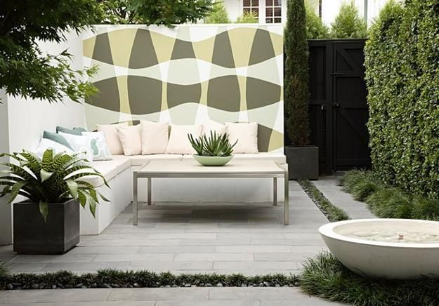 Two Modern Patio Ideas Turning Small Backyard Designs into Gorgeous Oases