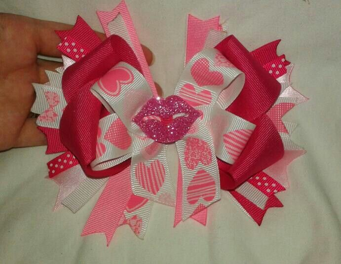 https://www.etsy.com/listing/489652502/valentines-boutique-bow