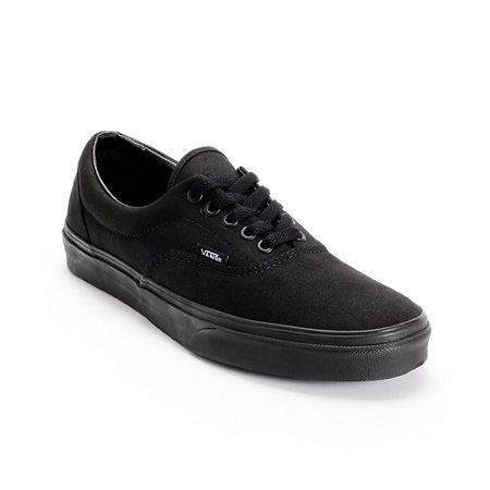 The Classic Era Vans skate shoe is the perfect choice for premium skate style and functionality.