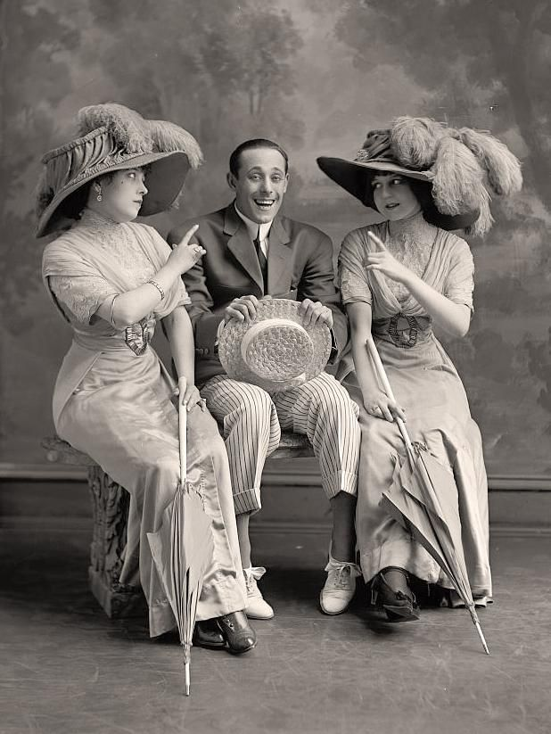 """J. Ford and two ladies""  http://historyinphotos.blogspot.com/2013/02/harris-ewing.html  http://www.old-picture.com/american-legacy/004/Ford-Group-J.htm"