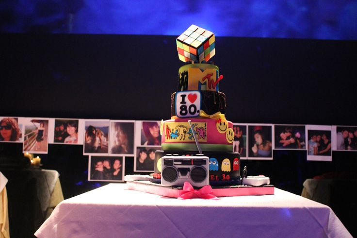 isi eventi, cake, party 80s, party, compleanno, feta a tema