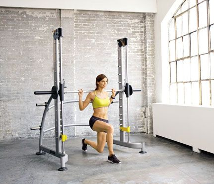How Many Calories Are You Burning? Weight Lifting: Even though lifting weights is an anaerobic activity—high-intensity, short-duration exercises meant to build muscle strength rather than cardiovascular fitness—it still burns calories: about 97 in 30 minutes of light lifting, or 193 in 30 minutes of vigorous, heavy lifting. #SelfMagazine