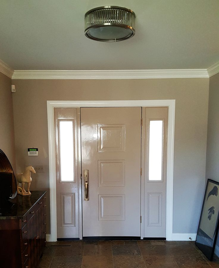Matched Interior Door Color to the Walls & Ceiling - Walls & Ceiling Benjamin Moore 990 (Hampshire Taupe) - Trim Fine Paints of Europe Hollandlac Brilliant (Atrium White) & Door Fine Paints of Europe Hollandlac Brilliant (Taupe)