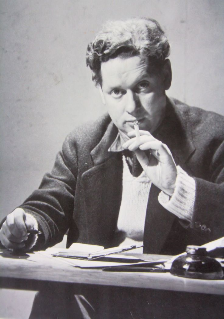 """To begin, at the beginning...""""  ― Dylan Thomas, Under Milk Wood Welsh poet and writer Dylan Thomas was born on the 27 October 1914."""