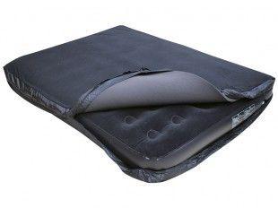 Deze Human Comfort slaapmathoes maakt van 2 normale luchtbedden één luxe tweepersoons bed! Daarnaast is het een bescherming waardoor het luchtbed minder snel lek zal gaan. >> http://www.kampeerwereld.nl/human-comfort-hc-comfort-bed-double-200x145x20/