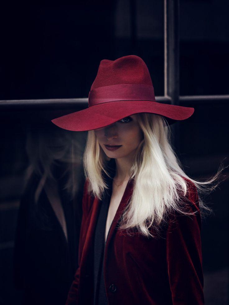 """""""London Calling"""" Vogue Deutsch, October 2013 Melissa Tammerijn by Annemarieke van Drimmelen styled by Kathrin Schiffner - hair colouring by Josh Wood"""