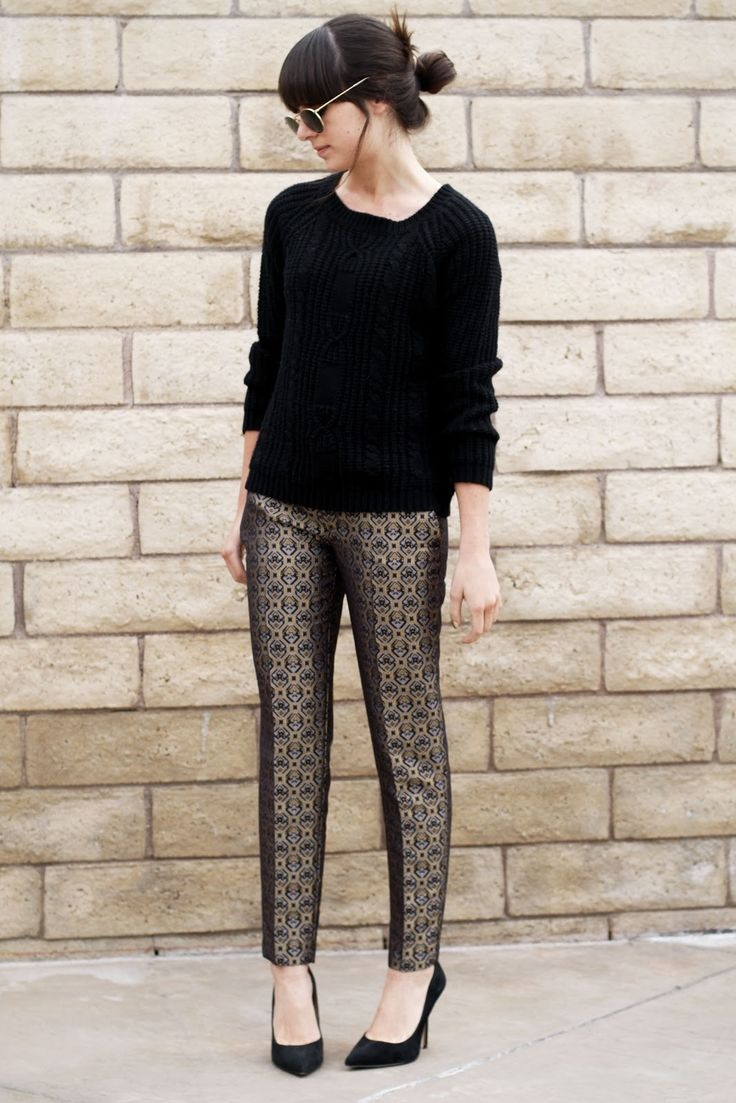 Printed pants with a plain top is a perfect & quick way to look professional at work.