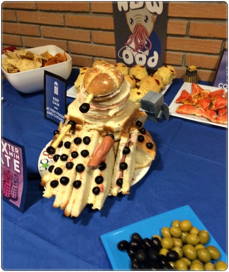 Dalek hecho de sandwiches . Fiesta Doctor Who.