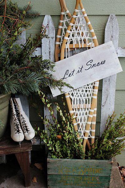 Let It Snow: Decor Ideas, Porches Decor, Picket Fence, Front Doors, Christmas Decor, Christmas Porches, Let It Snow, Front Porches, Winter Porch