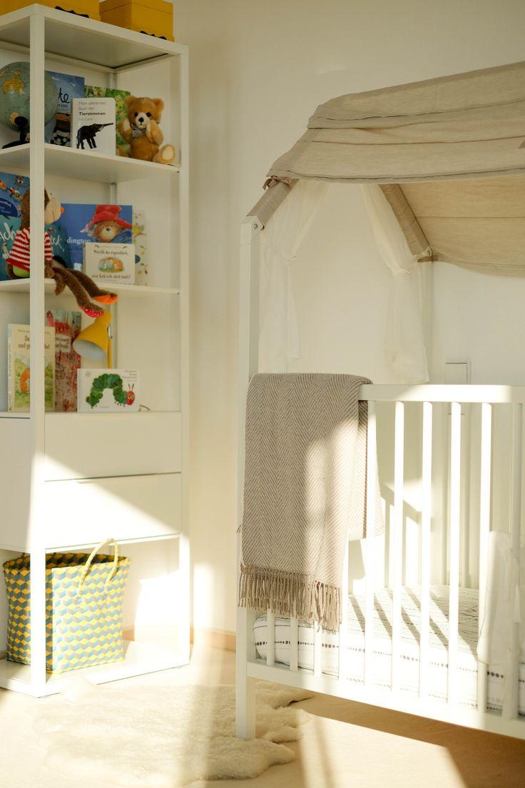 15 pins zu b cherregal kinderzimmer die man gesehen haben. Black Bedroom Furniture Sets. Home Design Ideas