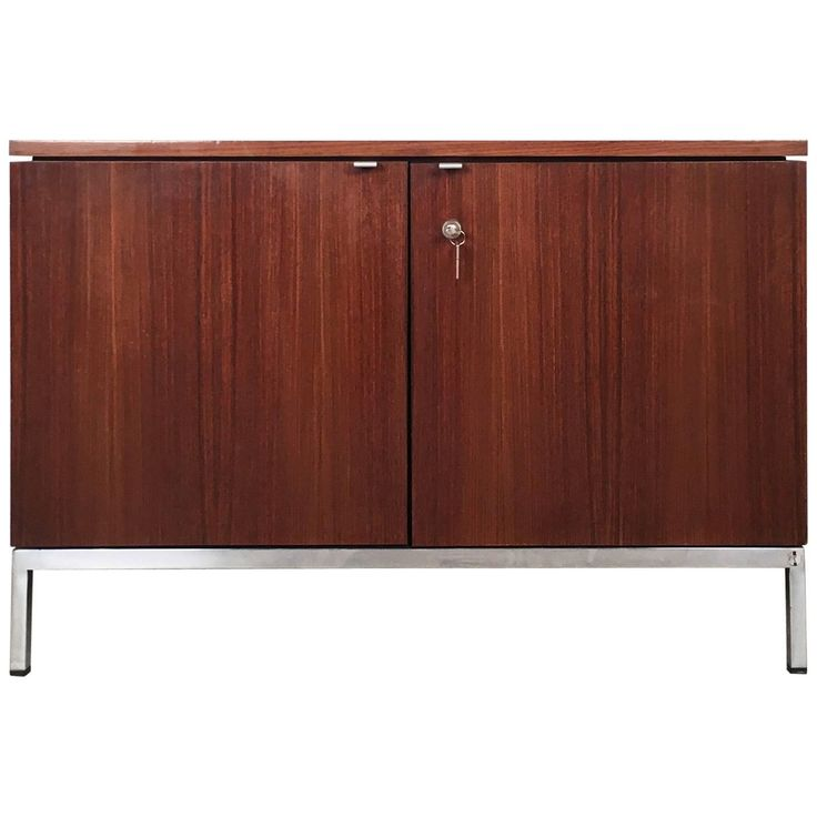 Rosewood Credenza by Florence Knoll for Knoll International
