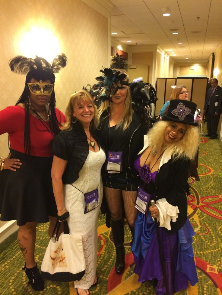 With Chaeya Robles, Layla Omorose and Elizabeth Cheryl outside Saints and Sinners Ball