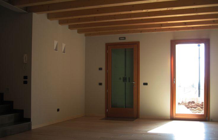 Fagarè (TV) Trifamiliare in muratura.