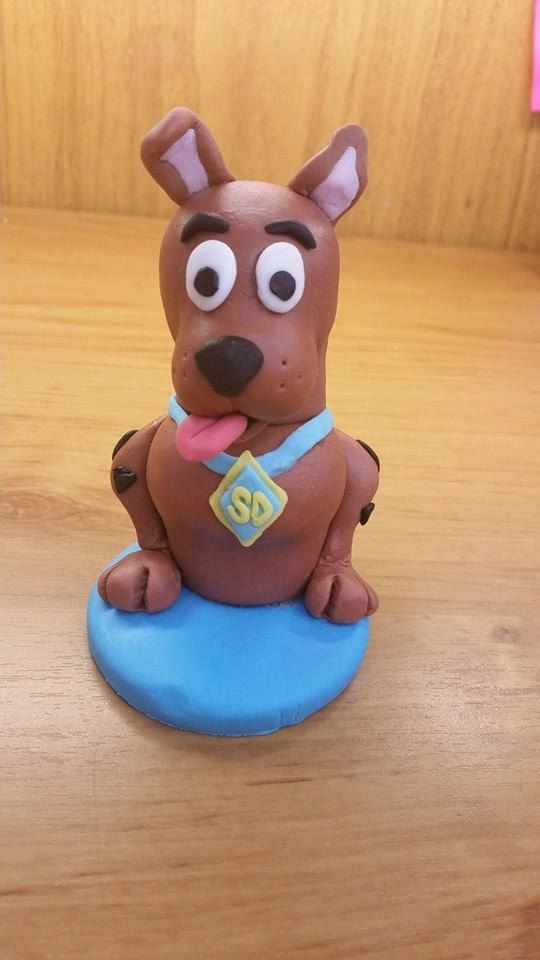 Scooby Doo edible cake fondant topper by DebsSweetToppers on Etsy