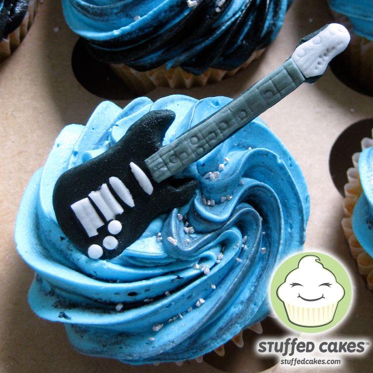 Google Image Result for http://4.bp.blogspot.com/_EP5PMw6aqdQ/TUSM4YuwnnI/AAAAAAAABoA/hi5_d9KRpj0/s1600/GuitarCupcakes-Detail.jpg