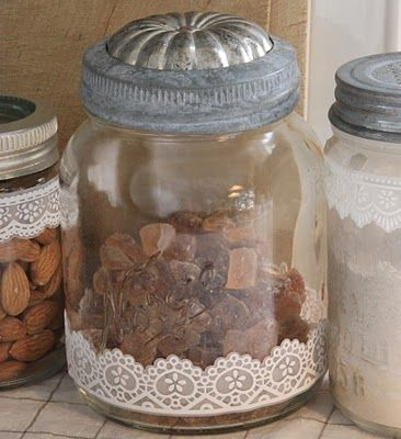 mold used as lidDiy Ideas, Sjarmerende Gjenbruk, Vintage Tins, Old Jars, Country Kitchens, Mason Jars, Jello Moldings, Crafts, Jars Lids