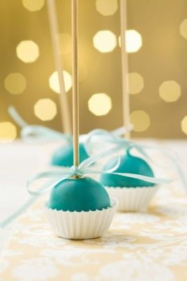 Simple yet elegant turquoise cake pops.