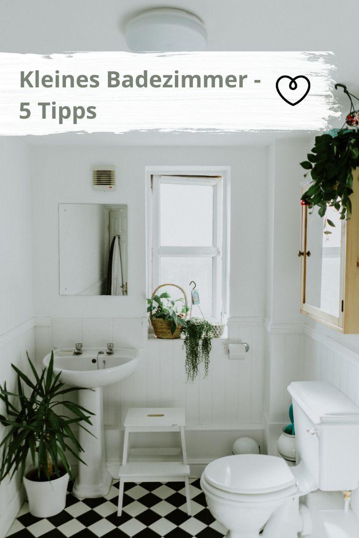Kleines Badezimmer Mit Diesen 5 Tipps Wirkt Es Sofort Grosser Kleine Badezimmer Design Bad Einrichten Und Badezimmer Klein