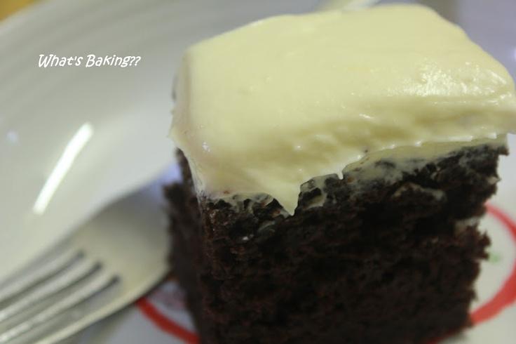 Chocolate Yogurt Snack Cake | Dreamy Desserts | Pinterest