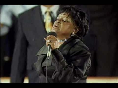 Shirley Ceasar - Jesus, I Love Calling Your Name