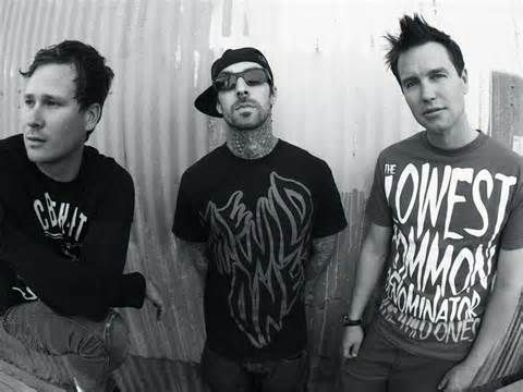 Blink-182 Announce Massive UK Arena Tour In July 2017WithGuitars