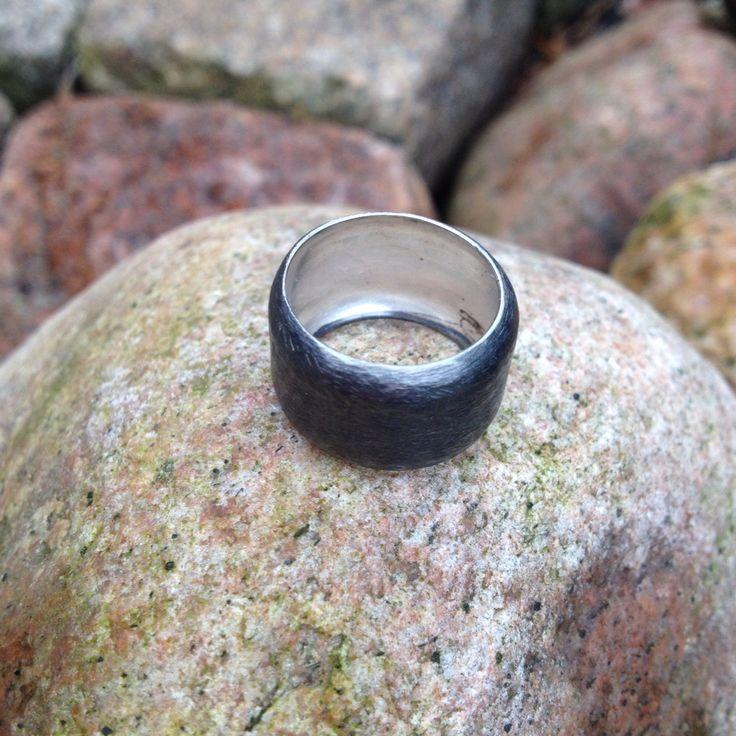 Ring, oxiderat silver