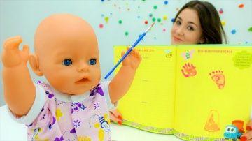 #БЕБИ  БОН делает отпечатки ручек и ножек в альбоме. Игры для девочек, куклы и пупсы на Мамы и дочки http://video-kid.com/20793-bebi-bon-delaet-otpechatki-ruchek-i-nozhek-v-albome-igry-dlja-devochek-kukly-i-pupsy-na-mamy-i.html  Лучшие игры для девочек и видео про куклы Беби Бон Эмили на канале «Мамы и Дочки». Валя очень любит куклы и пупсы Беби Бон, потому что это лучшие игры с куклами и с Беби можно поиграть в игру #какмама. Сегодня Валя и Беби будут делать опечатки ручек и ножек на память…