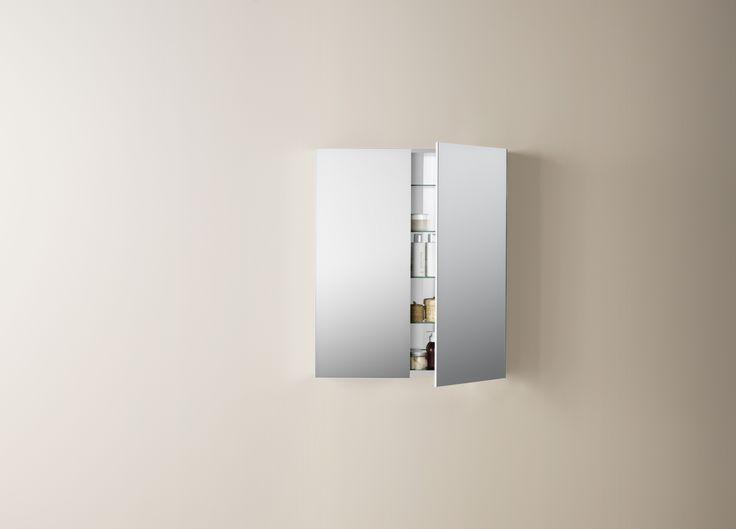 25 beste idee n over badkamer spiegels op pinterest ingelijste badkamer spiegels een spiegel. Black Bedroom Furniture Sets. Home Design Ideas