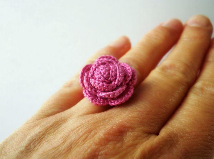 Rose Ring, Crochet Ring, Cotton Flower, Fiore in cotone, Anello Fiore, Anello Rosa di BarboraJewels su Etsy